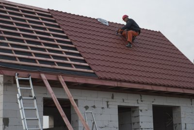 Installing - Roofing